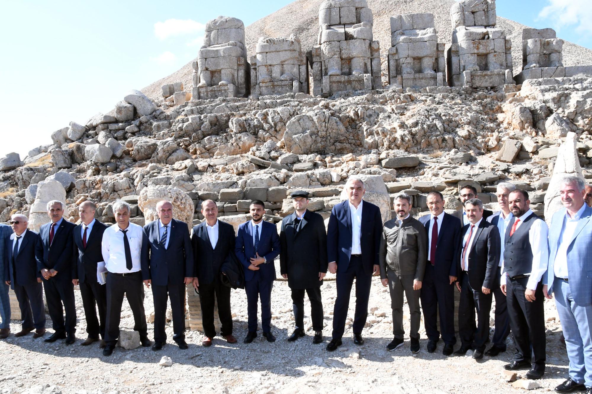 Bakan Ersoy: Adıyaman 2022'ye Kadar Hak Ettiği Turizm Gelirlerine Kavuşacak