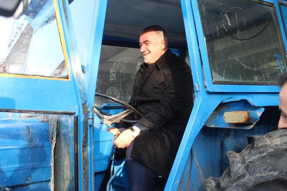 Başkan Turanlı, makam aracını bıraktı