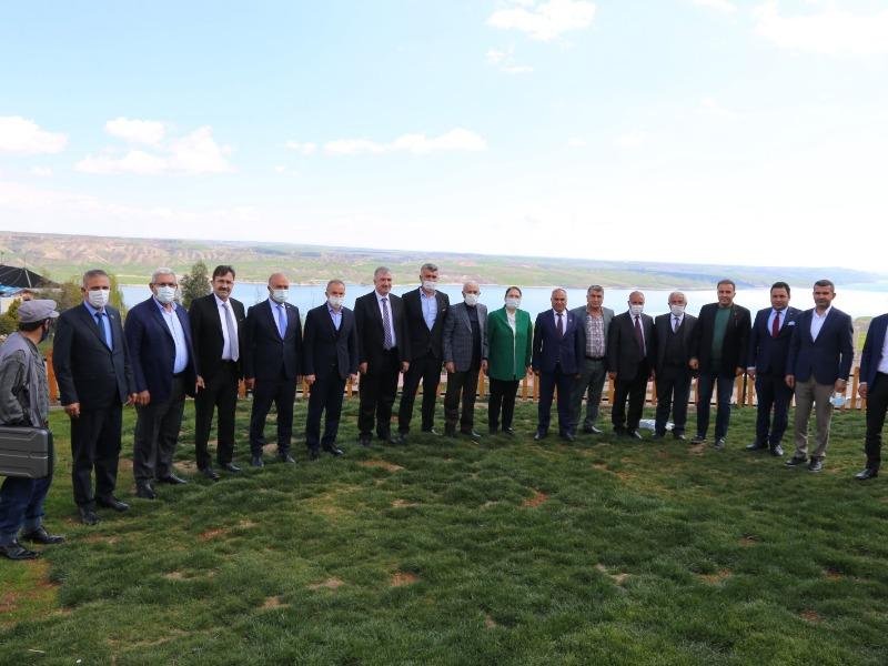 Adıyaman Belediyeler Birliği Toplantısı Kahta'da Yapıldı