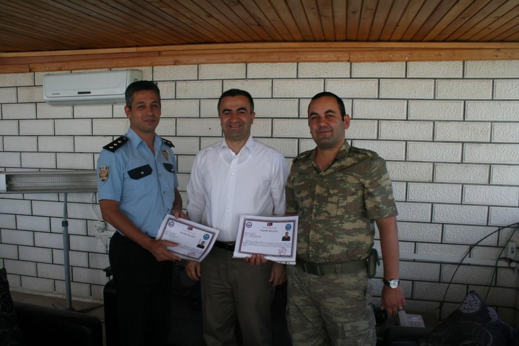 Kaymakam'dan Jandarma ve Polise 'Takdir' Belgesi